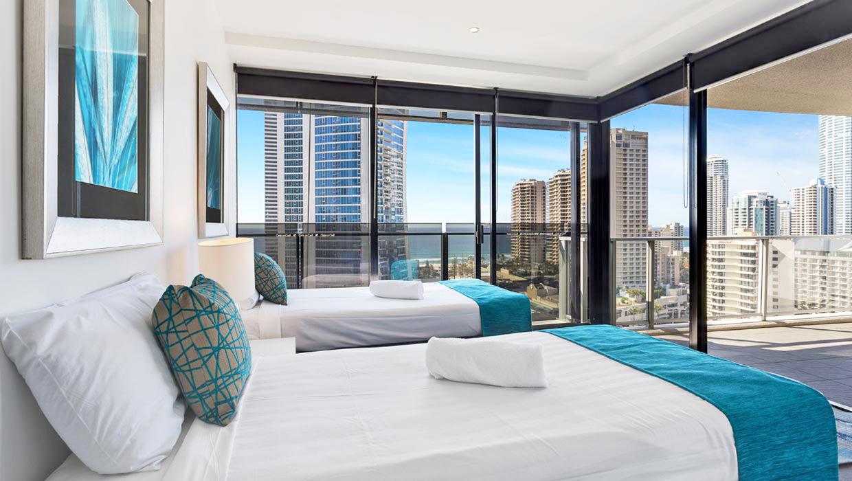 Gold Coast Accommodation Circle on Cavill