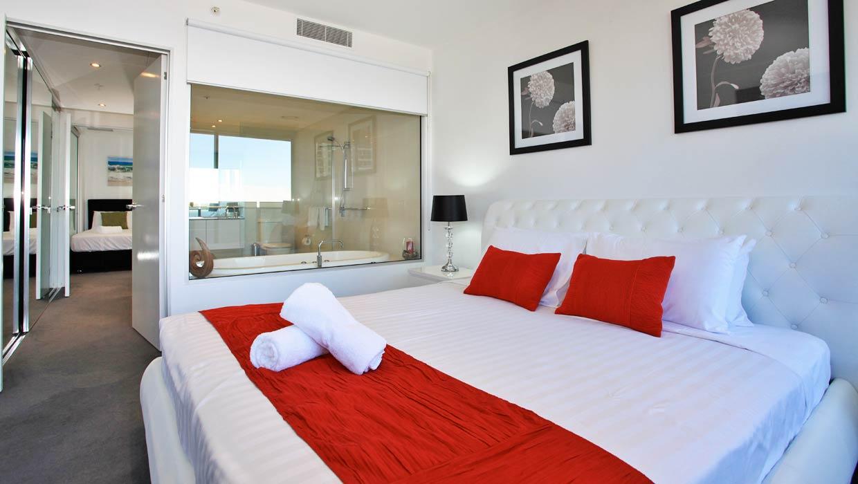 Circle on Cavill Level 19 Ocean Views Master Bedroom