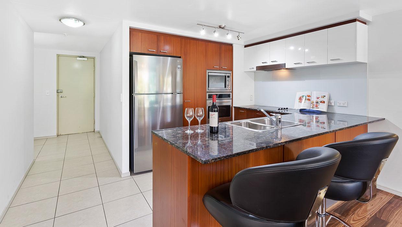 Chevron Renaissance level 6 garden views fully equipped kitchen