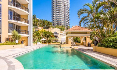 Chevron Renaissance Building Surfers Paradise Gold Coast Holiday Holiday