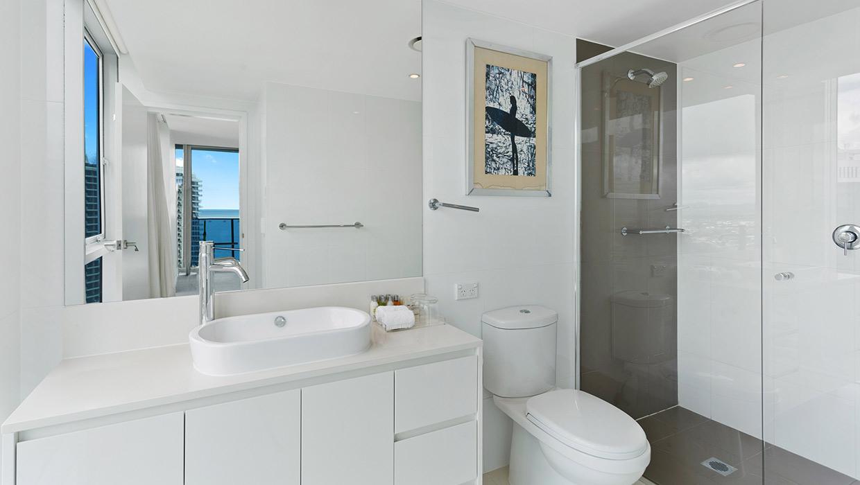 H Residences level 21 ocean view ensuite bathroom